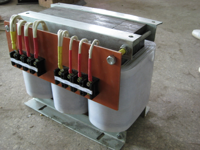 【供应】三相380v转三相220v变压器,进口注塑机配套