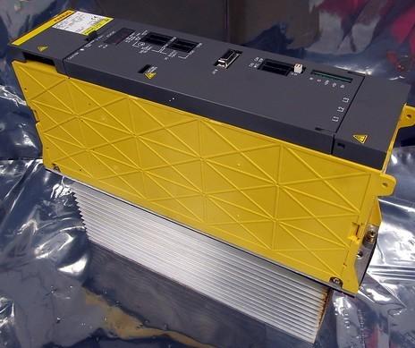 CUTLER HAMMER HMCPS003A0C CIRCUIT BREAKER 3 AMP 600 VAC 3 POLE W//AUXILIARY