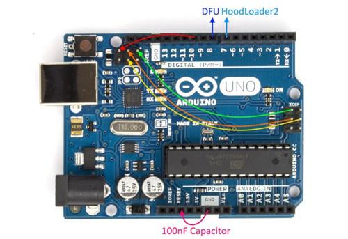 在arduino 板上使用两个微控制器
