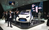 从奔驰宝马到华为高通,起底MWC上的无人驾驶技术