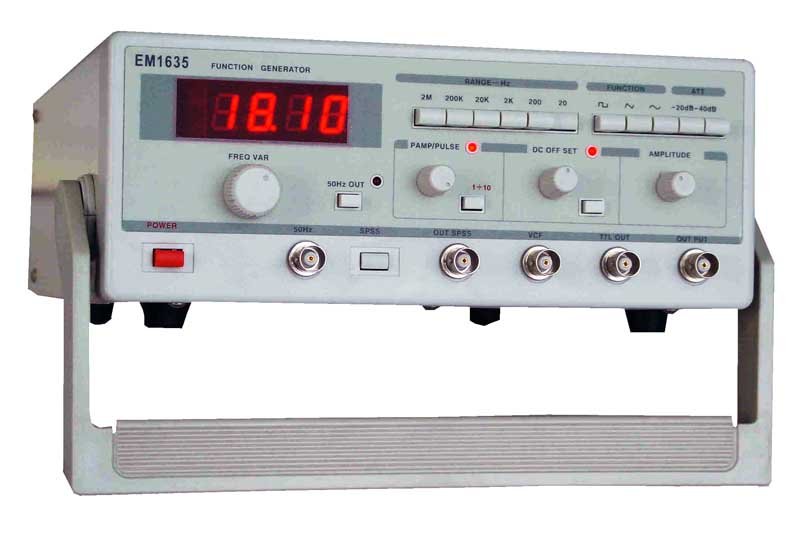 EM1635 函数信号发生器技术指标: 输出信号:   三角波、方波、正弦波、脉冲波、单次脉冲. TTL电平、直流电平. 50Hz正弦波 电压输出   输出幅度1mV—25Vp-p 输出阻抗:50Ω±10% 输出频率:0.2Hz—2MHz 频率误差:±5% 3位半数显 衰减: 0dB、 -20dB、-40dB 、–60dB 直流电平: +10V--10V连续可调 占空比:10%-90%连续可调 失真度:≤2% (20Hz-2